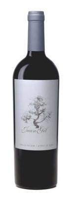 Red wine with 12 mounth of upbringing in kegs of french oak 100% Monastrell.
