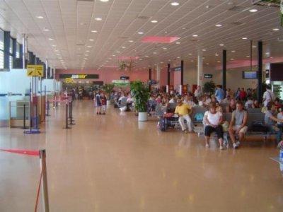Works in Murcia Airport marble Torremar