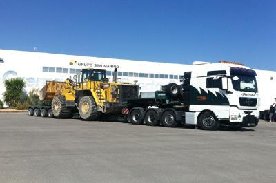 Transport of machinery for civil works