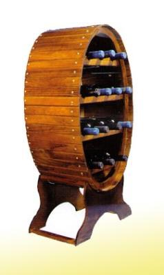 Bottle made of quality wood for up to 14 bottles. It measures 44 cm. wide by 88 cm. high.