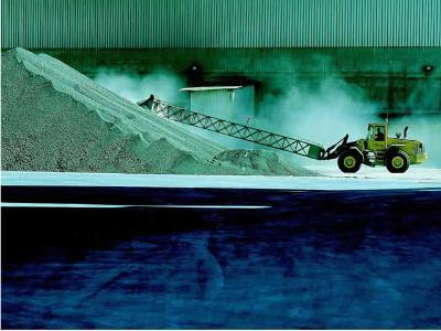 Cement delivered in bulk to various applications