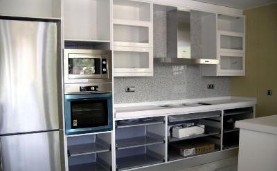 Rehabilitation of accomodation in all his aspects: kitchen, bathroom, paint, sanitary, etc.