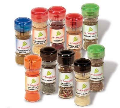 Spices, herbs, spices and saffron in various formats