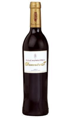 Sweet red wine monastrell. Carmelot 2007.